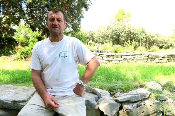 Olivier Durand est propriétaire de 16 hectares de vignes bio à Guzargues (photo M.L.D.)